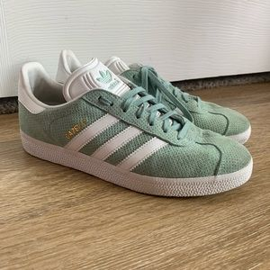 Adidas Gazelle shoes 8.5